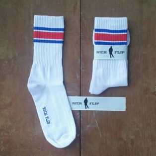 Kaos Kaki Old School Strip
